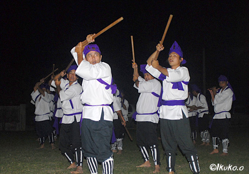Taniec zespołowy podczas fesitwalu Masitorja w Nobaru